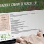 FEALQ recebe artigos científicos para publicação na 'Revista de Agricultura'